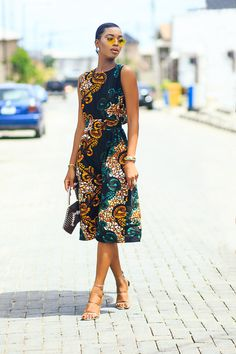 - Women's style: Patterns of sustainability African Attire, African Wear, African Women, African Dress, Latest African Fashion Dresses, African Print Fashion, Fashion Prints, African Prints, African Fabric