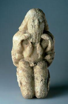 KNEELING FIGURE BOUND WITH SERPENTS Circa 2600 BC-Circa 2400 BC Early Dynastic/Sumerian Tell es-Sukhairi/Iraq