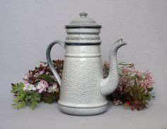 Enamelware VINTAGE FRENCH COFFEE BIGGIN in RARE relish pattern, very near MINT
