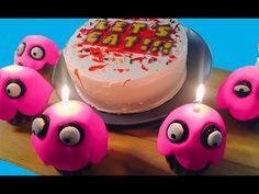 Cake and Cupcakes from FIVE NIGHTS @ FREDDY'S w/ Feast of Fiction - YouTube