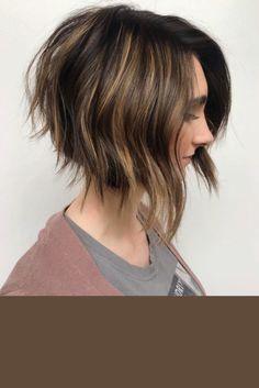 Bob Hairstyles For Thick, Choppy Bob Hairstyles, Short Bob Haircuts, Cool Hairstyles, Aline Bob Haircuts, Chin Length Hairstyles, Thick Hair Bob Haircut, Short Choppy Bobs, Choppy Cut