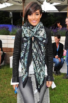 Frankie Sandford of The Saturdays attends the Unwind Lounge at Barclaycard Wireless festival Simple Outfits, Cute Outfits, Frankie Sandford, How To Wear Scarves, Festival Outfits, Everyday Fashion, Dress To Impress, Short Hair Styles, Autumn Fashion
