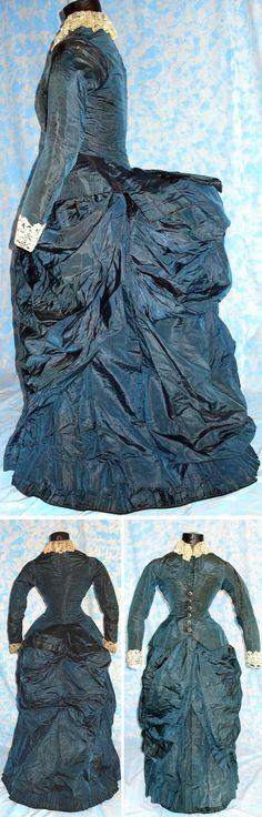 Day dress, 1880. Blue and white silk taffeta. Abiti del Passato