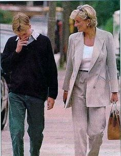 The last time Prince William & his mother Diana, Princess of Wales, saw each other - summer1997