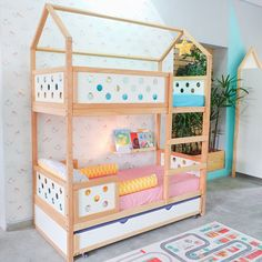 Discover more inspirations for interior design of kid's bedrooms with Circu Magical furniture: CIRCU. Kid Beds, Bunk Beds, Kids Bed Design, Folding Furniture, Rainbow Room, Kidsroom, Space Saving, Kids Bedroom, Toddler Bed