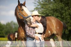 country engagement portraits with horses Western Engagement Photos, Country Engagement, Engagement Couple, Engagement Pictures, Couple Photography Poses, Horse Photography, Engagement Photography, Couple Portraits, Pictures With Horses