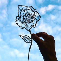 Jo Chorny (@peaceofpaper1) | Instagram photos and videos Kirigami, Paper Art, Paper Crafts, Photo Finder, Silhouette Art, Craft Gifts, Paper Cutting, Art Sketches, Painted Rocks
