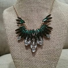 Statement necklace Good condition Jewelry Necklaces
