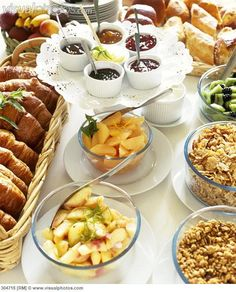 Breakfast buffet table pesquisa google alimentos e for Sideboard jam