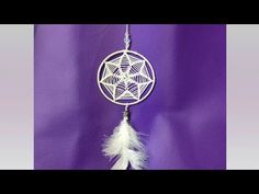 Atrapasueños Flor - YouTube God's Eye Craft, Dream Catcher Mandala, Dream Catcher Tutorial, Small Blankets, Macrame Tutorial, Crochet Round, Micro Macrame, Diy Wall Art, Learn To Crochet