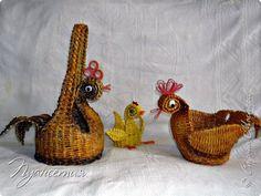 Поделка изделие Пасха Плетение Курочки-корзинки Трубочки бумажные фото 2
