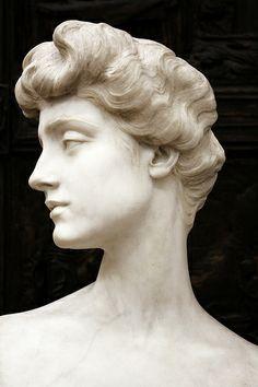 World of Statues Roman Sculpture, Sculpture Art, Metal Sculptures, Bronze Sculpture, Abstract Sculpture, Modern Sculpture, Sculpture Romaine, 3d Art, Greek Statues