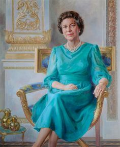 The portrait, by June Mendoza PR ROI was commissioned by the States of Guernsey in 1987 and completed in It celebrates immense respect and affection of Islanders for Her Majesty, who first visited the Island in when Princess Elizabeth. Hm The Queen, Royal Queen, Her Majesty The Queen, Save The Queen, Queen Elizabeth Portrait, Princess Elizabeth, Queen Elizabeth Ii, Gloucester, Commonwealth