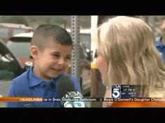 Vídeo:  Repórter faz menino de 4 anos chorar durante entrevista