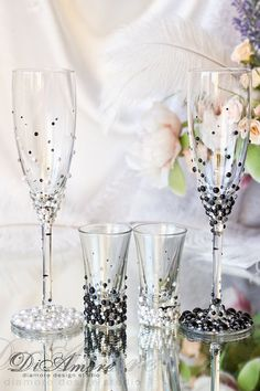Black & White LACE Wedding Set / 2 wedding glasses & shot glasses ♥♥♥♥♥♥♥♥♥♥♥ABOUT THIS ITEM♥♥♥♥♥♥♥♥♥♥♥ ♥THIS ITEM FOR : - 2 champagne flutes -
