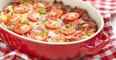 Recette de Gratin de poivrons et tomates au basilic. Facile et rapide à réaliser, goûteuse et diététique. Ingrédients, préparation et recettes associées.