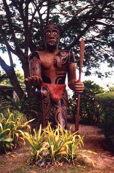 Statue homme Polynésien, Moorea, Polynésie Française