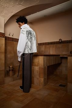 Contemporary menswear brand Necessity Sense unveiled their Spring/Summer 2018 season collection in the forms of a Lookbook. (Visited 17 times, 1 visits today)