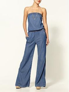 I <3 this denim jumpsuit. So cute and comfortable looking!