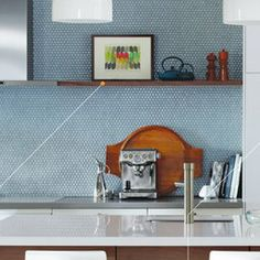 God I love penny rounds.Subway Tiles or Penny Rounds? Ikea Kitchen, Kitchen Backsplash, Kitchen Appliances, Penny Tile, Home Kitchens, Shelves, Subway Tiles, House Ideas, Van