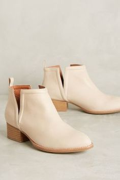 Jeffrey Campbell Muskrat Booties Neutral 5.5 Boots