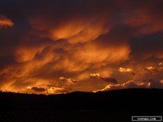 noenga.com :(c) michael (SPAIN) :: La presencia de Dios :: Landscape : Realistic : Photography : Color : Un amanecer en un pueblo de Cantabria Hazas de CestoPhoto taken from my house