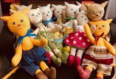 Mačičky z látky Dinosaur Stuffed Animal, Toys, Handmade, Animals, Activity Toys, Hand Made, Animales, Animaux, Clearance Toys