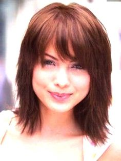 Medium Length Layered Bob Haircuts With Bangs - See more about Medium Length Layered Bob Haircuts With Bangs, medium length layered bob haircuts with bangs, shoulder length layered bob hairstyles with bangs Medium Length Bobs, Medium Length Hair With Layers, Medium Hair Cuts, Short Hair Cuts, Medium Hair Styles, Curly Hair Styles, Medium Curly, Medium Choppy Layers, Shoulder Length Hair Cuts With Bangs