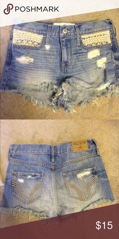 Hollister 00 jean shorts Perfect condition, barely worn Hollister Shorts Jean Shorts