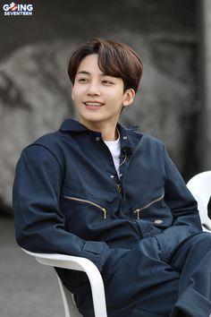 Seventeen Going Seventeen, Seventeen Youtube, Carat Seventeen, Jeonghan Seventeen, Woozi, Mingyu, Seungkwan, Kpop, Seventeen Performance Team
