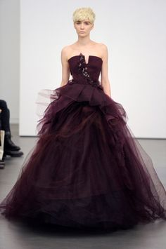 WOWWWWWW! I could do awesome makeup for this!  Purple Wedding Dresses Vera Wang Spring 2013