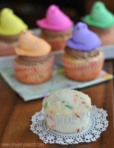 Funfetti Cupcakes with Chocolate Cream Cheese Frosting: the PERFECT, from scratch white cake recipe #cupcakes @Shugary Sweets
