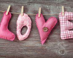 Declaration of Love - AmO Images - AmO Images.