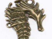 1 wunderschöner Seepferdchen Schlüssel - bronze -