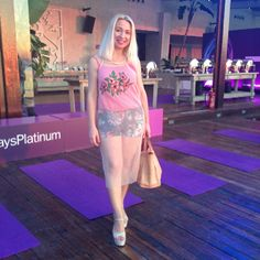 #SeaSide #pressevent #alwaysplatinum ❤️ — Vicky's Style