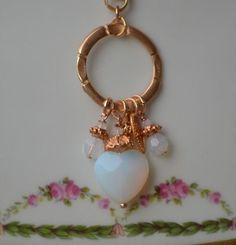 pomp art Kette * Herz Opak weiß mit Anhängern an Ring vergoldet * Halskette