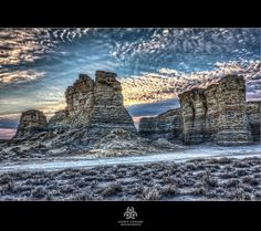 KANSAS ~ Monument Rocks