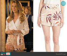 Petra's beige leaf print shorts on Jane the Virgin.  Outfit Details: https://wornontv.net/62109/ #JanetheVirgin