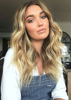 Blonde balayage hair color. Are you looking for hair color highlights and lowlights for brunettes blonde caramel? See our collection full of hair color highlights and lowlights for brunettes blonde caramel and get inspired!