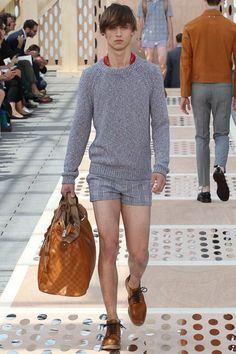 @LouisVuitton Men's Spring 2014 Runway Fashion #fashion #paris #menswear