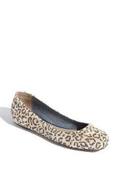 NEW Tom's Ballet flats, coming soon. More stylish than their original form.