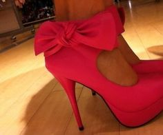 We Heart It, I like the bows on these simple and feminine, maybe with a shorter heel though