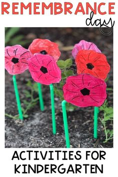 Check out these Remembrance Day activities to teach kids about the significance of this day. Teach them to commemorate with poppy crafts and other learning & reflective printables and worksheets {Kindergarten, early learning, prep, foundation, homeschool} Remembrance Day Activities, Veterans Day Activities, Kindergarten Worksheets, Kindergarten Activities, Preschool Themes, Art Activities, Fall Crafts, Crafts For Kids, Poppy Craft