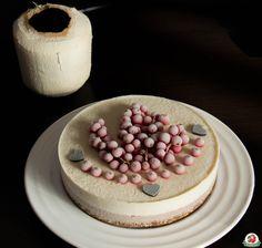 my favorite raw cake