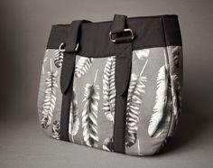Retro.Frischling: Evelyn the Handbag