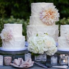 Love these simple wedding cakes. (designed by Sweet & Saucy Shop)