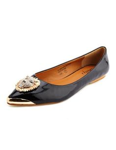 Lion Head Pointy Toe Ballet Flat: Charlotte Russe  I AN BUYING THESE TOMORROW PEOPLE...IN NUDE