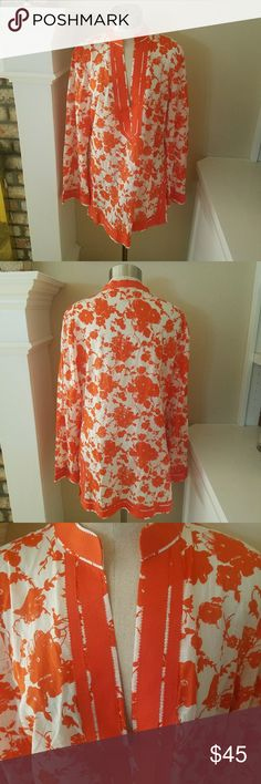 """Tory Burch Floral Tunic Beautiful brightly colored Tory Burch Tunic made of high quality 100 % cotton. 28""""long  19"""" from arm pit to arm pit. Tory Burch Tops Tunics"""