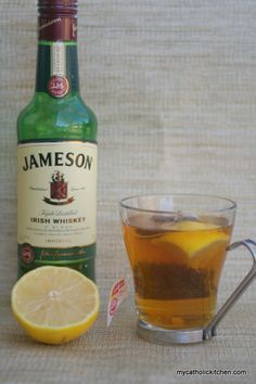 Hot Toddy 1 tablespoon honey, 1 oz whisky (jameson), 1 lemon wedge, 1 cup hot water, 1 teabag (lipton) Directions: Coat the bottom of your coffee cup with honey. Add the whisky and lemon juice from the lemon wedge. In a separate pot combine the water and Cocktail Drinks, Fun Drinks, Yummy Drinks, Alcoholic Drinks, Whiskey Drinks, Party Drinks, Cocktail Recipes, Summer Beverages, Irish Drinks