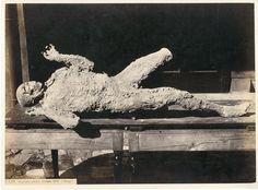 Italie, Pompei, Impronte umane     #Europe #Italia #Pompéi_Pompei